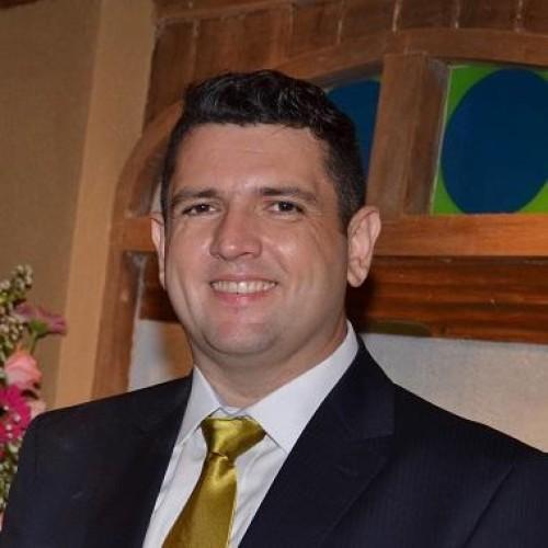 Robison Geraldi Garcia